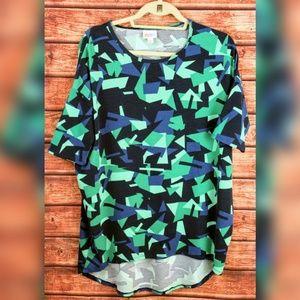LulaRoe Gometric Print Womens shirt